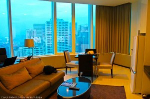 Grande Centre Point Hotel Terminal 21 living room with great views of bangkok