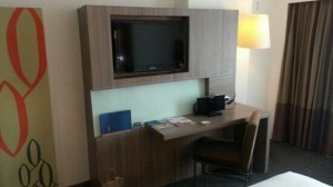 Novotel Bangkok Fenix Silom Hotel desk and flat screen TV