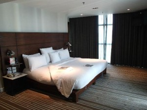 S31 Sukhumvit Hotel bedroom