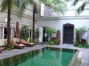 The Eugenia Hotel & Spa Bangkok swimming pool