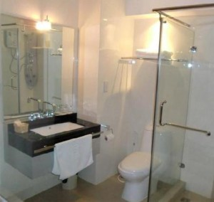 boss-suites-banggkok-bathroom