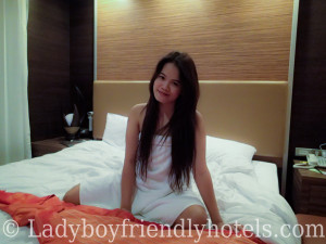 Apen Suites ladyboy friendly